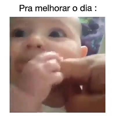 Bebê E Barulho Engraçado