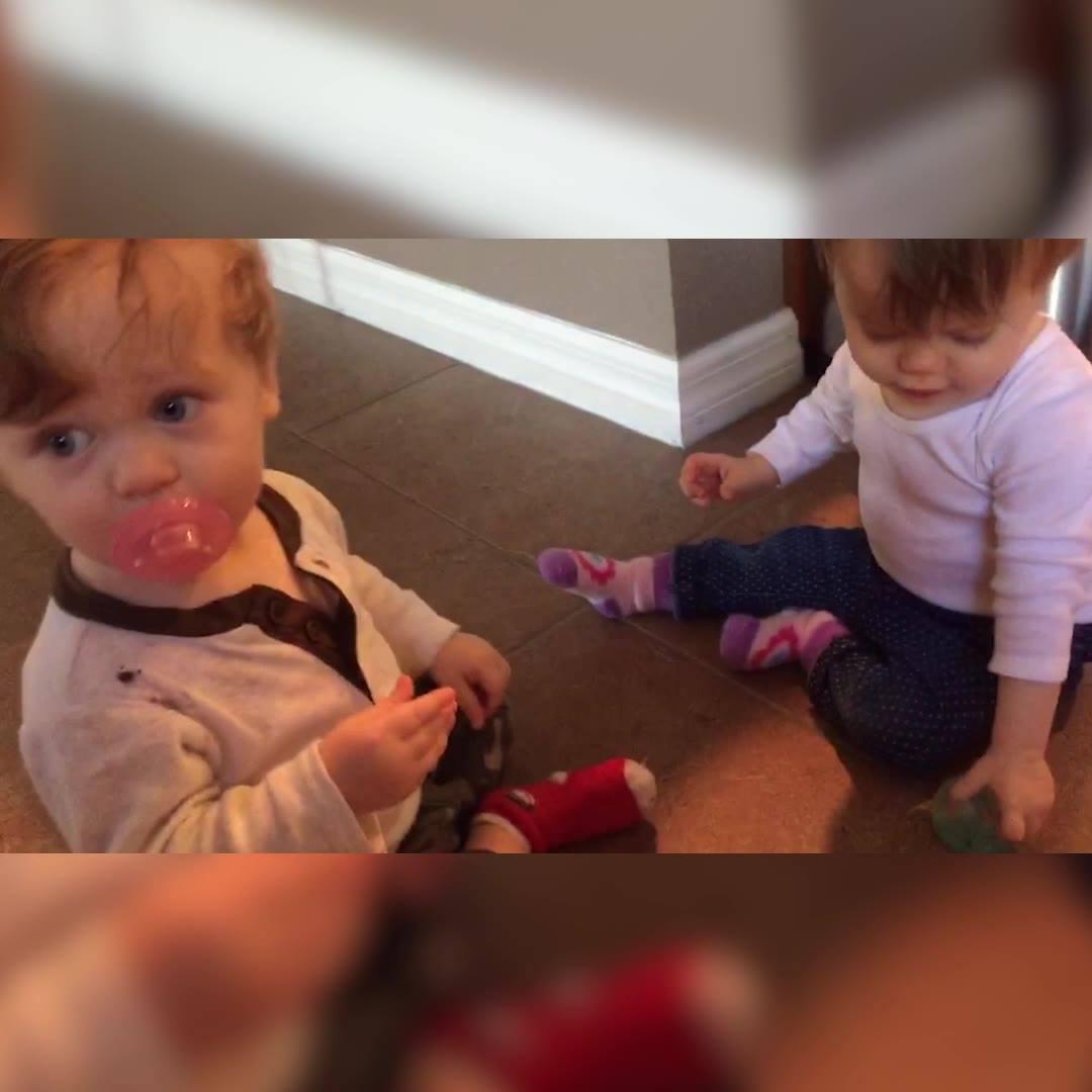Crianças Mostrando A Importância De Terem Irmãos Hahaha, Confira!