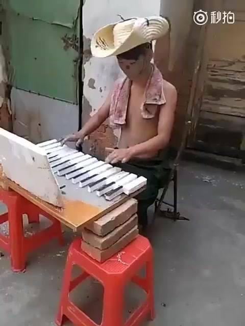É Muito Legal Esse Vídeo! Quando A Criatividade Vai Além, Kkk!!!