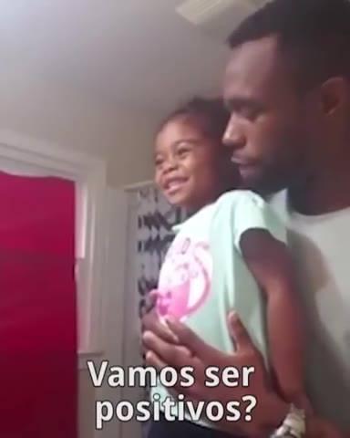 Pai Ensinando Sua Filha