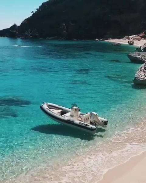 Sardenha-Itália O Paraíso Na Terra,Olha Só Que Lugar Lindo!!!