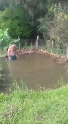 Lago Com Muitos Peixes, Será Que Isso É Verdade? Veja O Video E Descubra!