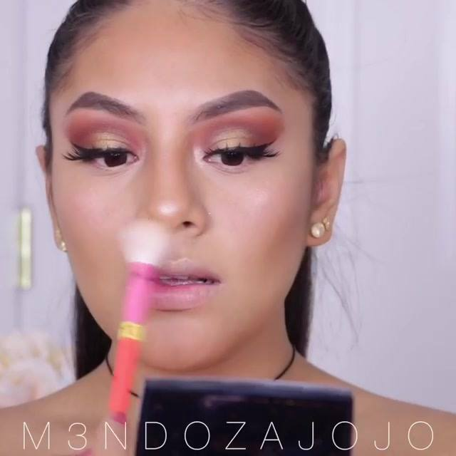 Maquiagem Trabalhada Para O Dia, Simplesmente Perfeita, Confira!!!
