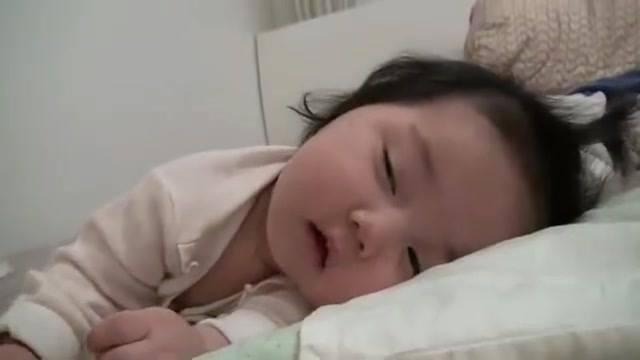 Que Soninho Mais Gostoso!!! É Muito Linda Essa Bebê!!! Quanta Fofura!!!