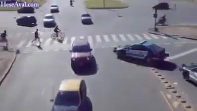 O Trânsito Nas Grandes Cidades É Assim Kkk, Será Que Dá Para Atravessar?