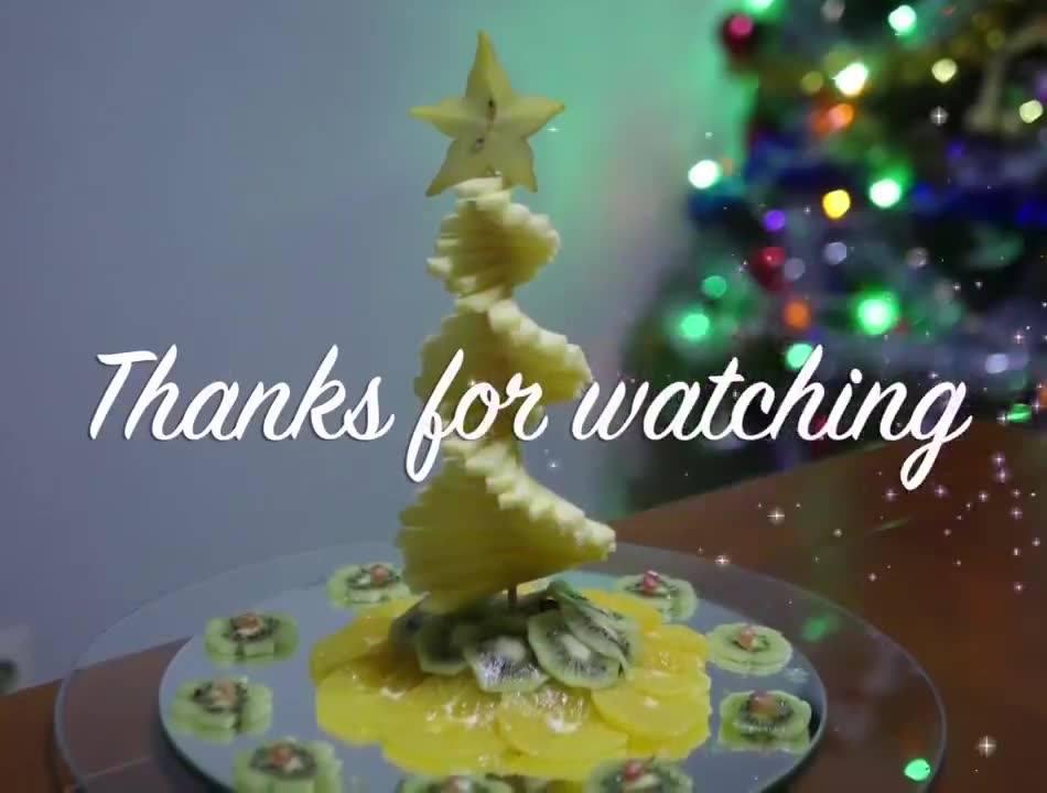 Árvore De Natal Feita Com Frutas, O Resultado É Incrível, Confira!