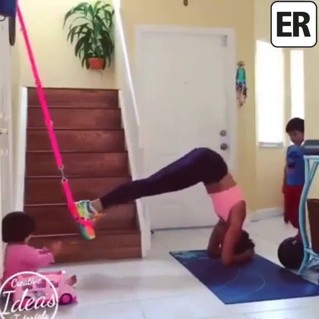 Mãe Fitness, Os Filhos A Ajudam A Malhar E Até Malham Juntos, Confira!