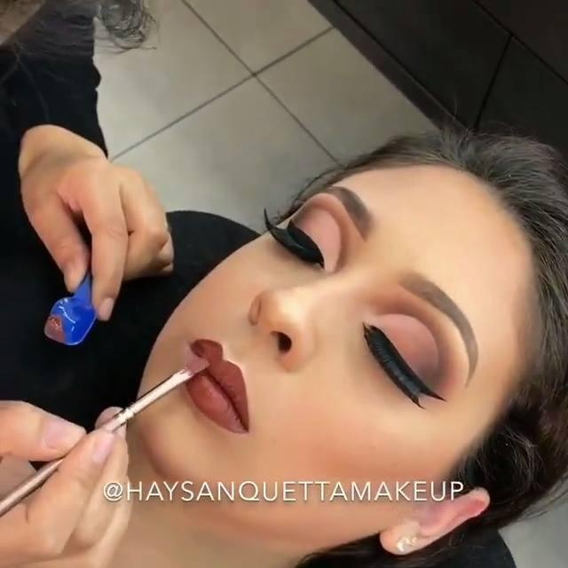 Maquiagem Tão Perfeita Que Parece Uma Obra De Arte, Confira!!!