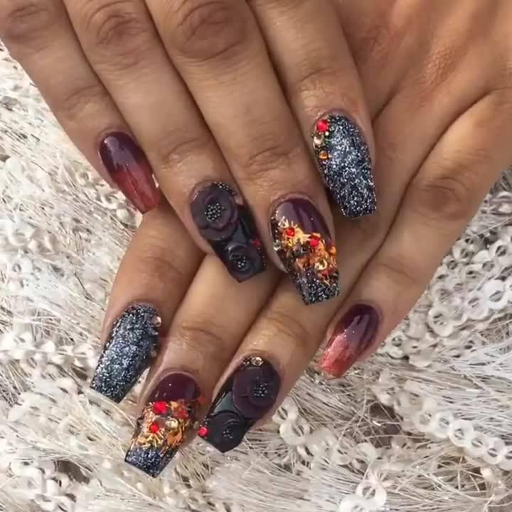 Unhas Com Decoração Exótica, Vale A Pena Tentar Fazer Nas Suas Mãos!