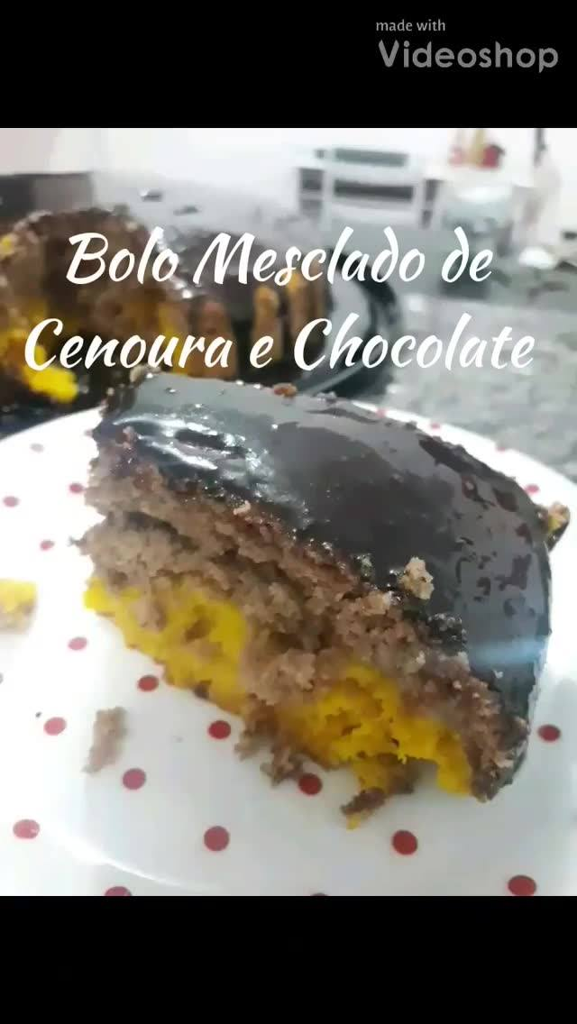 Receita De Bolo De Cenoura Mesclado Com Chocolate, Fica Maravilhoso!