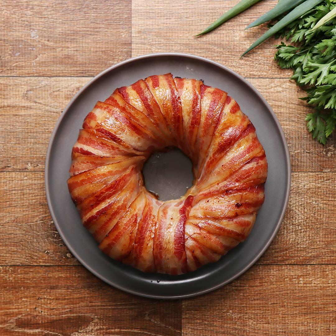 Receita De Bolo De Frango Com Bacon, Simplesmente Irresistível!