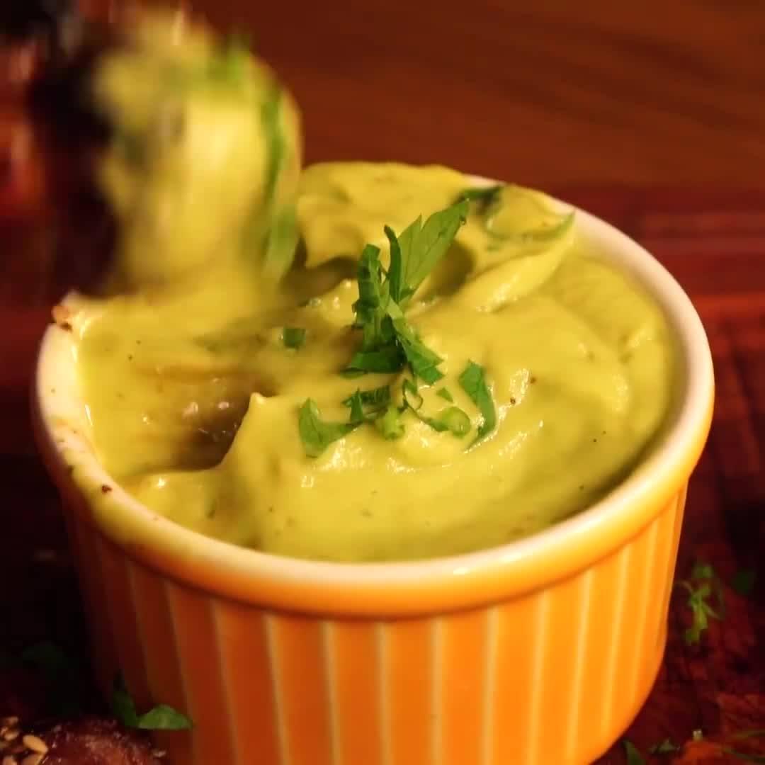Receita De Frango Com Batatas E Maionese De Abacate, Delicioso Aperitivo!