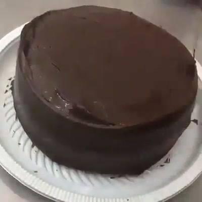 Bolo De Chocolate E Creme