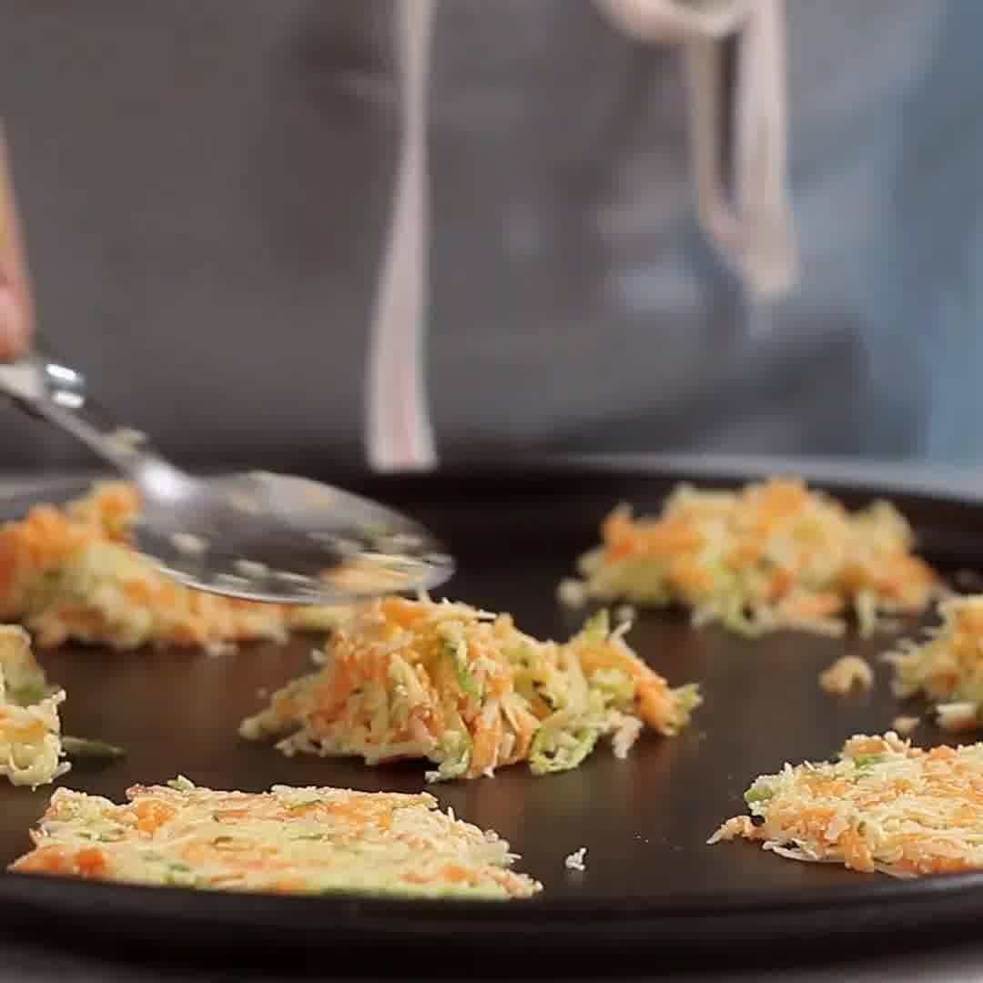 Chips De Cenoura, Abobrinha E Parmesão, Perfeitos Para Servir De Tira-Gosto!