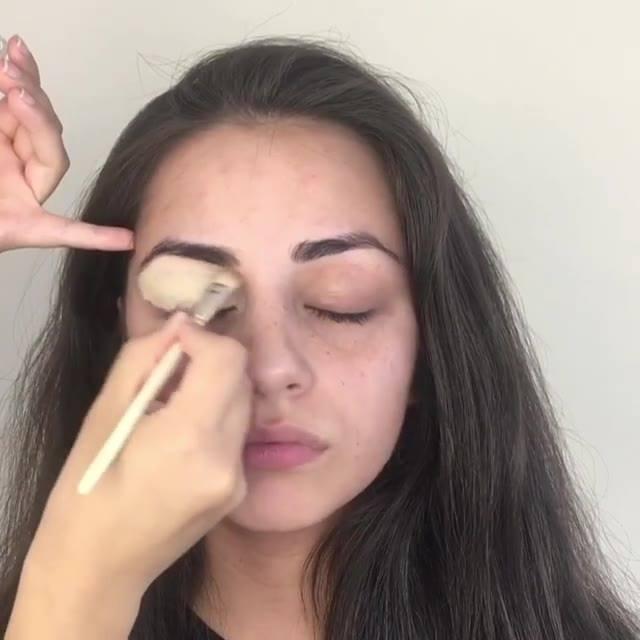 Tutorial De Maquiagem Fácil E De Aprender, Confira E Compartilhe!