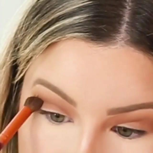 Tutorial De Maquiagem Fácil De Aprender, Vale A Pena Conferir!