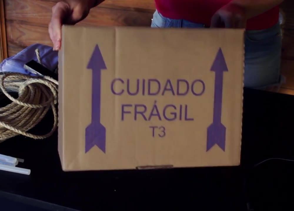 Vídeo Com 3 Ideias Super Legais Para Colocar Revistas, E  Fotos, Confira!!!