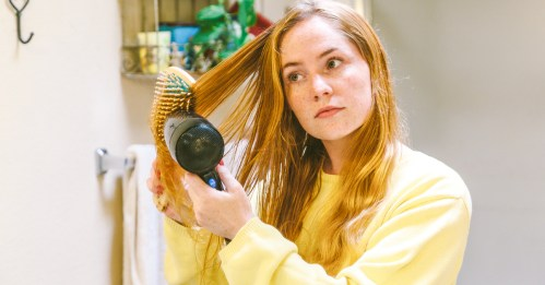 Sleeping with Hair Wet: Is It Bad for Your Health?