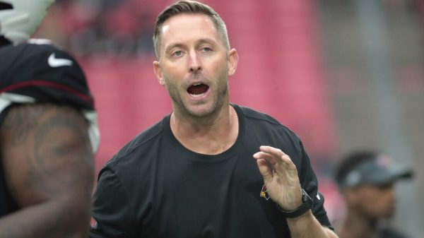 Cardinals coach Kliff Kingsbury to miss game after positive COVID test