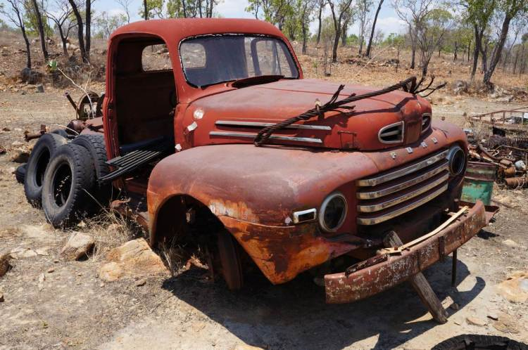 rusting ford 1