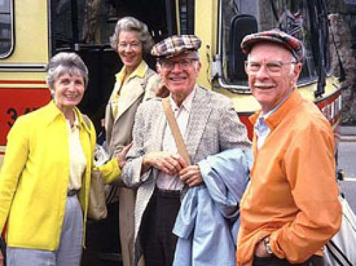 Frank Thomas (center) with his best friend Ollie Johnston and their respective wives in 1985