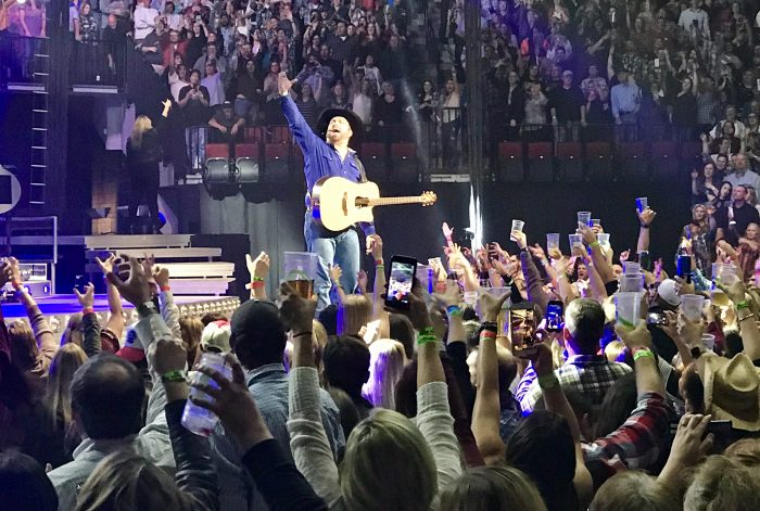 We'd seen him perform once before in Las Vegas and Garth Brooks put on another incredible show at the Pinnacle Bank Arena in Lincoln, Nebraska, this year.