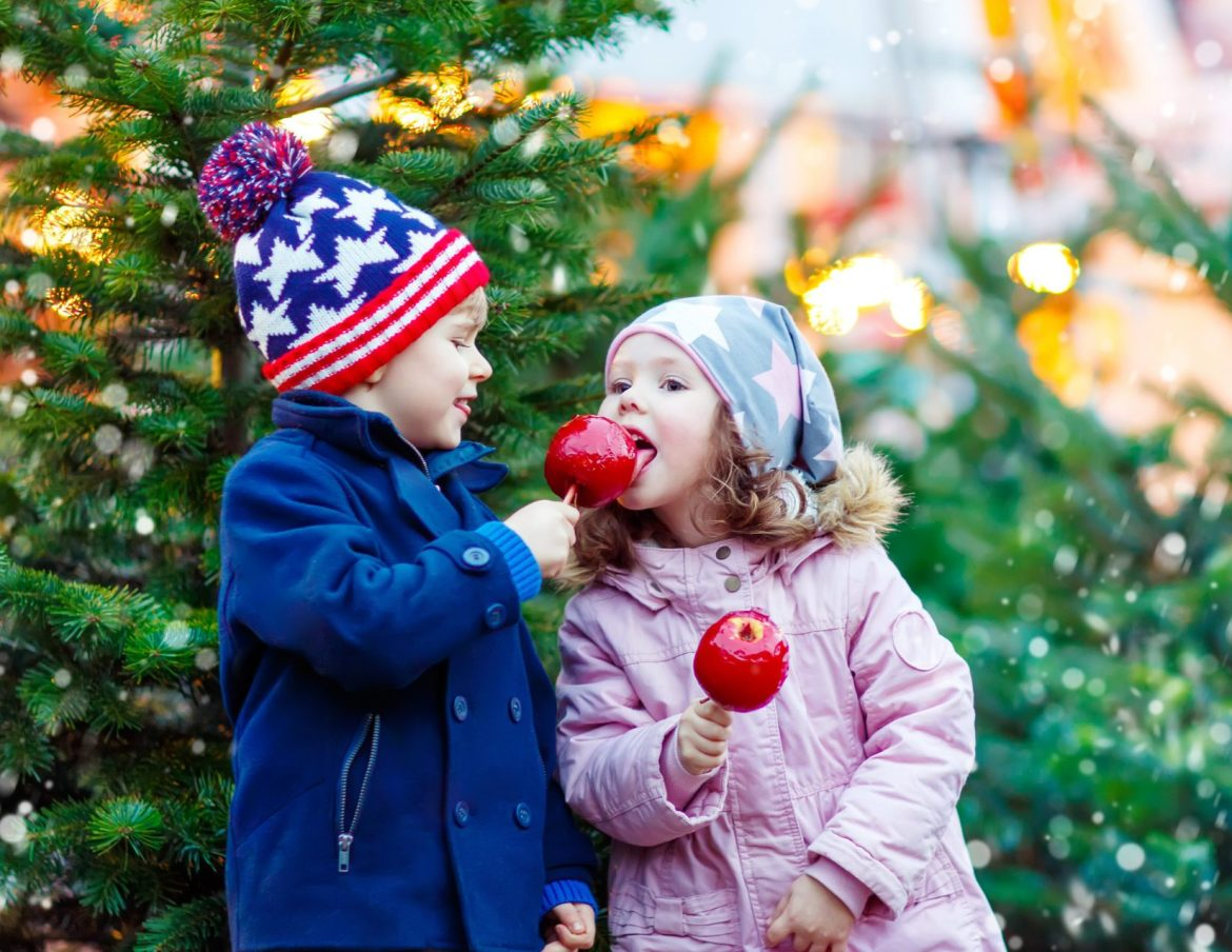 US Christmas Destinations for Families Siblings