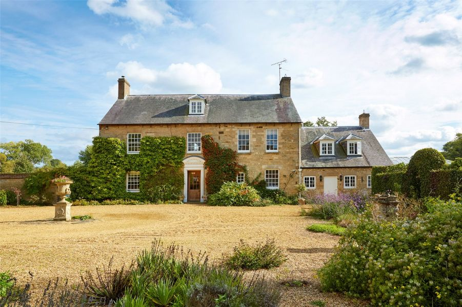 December Top Picks | 5 Country Homes | Northamptonshire