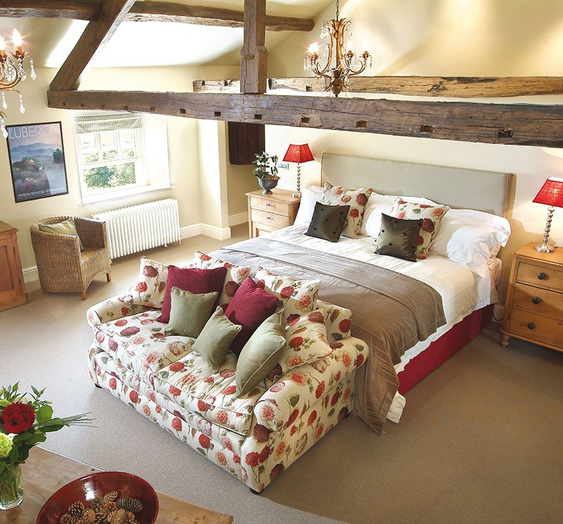The-Best-Pub-Hotels-in-England-The-Punchbowl-Inn-Lake_district