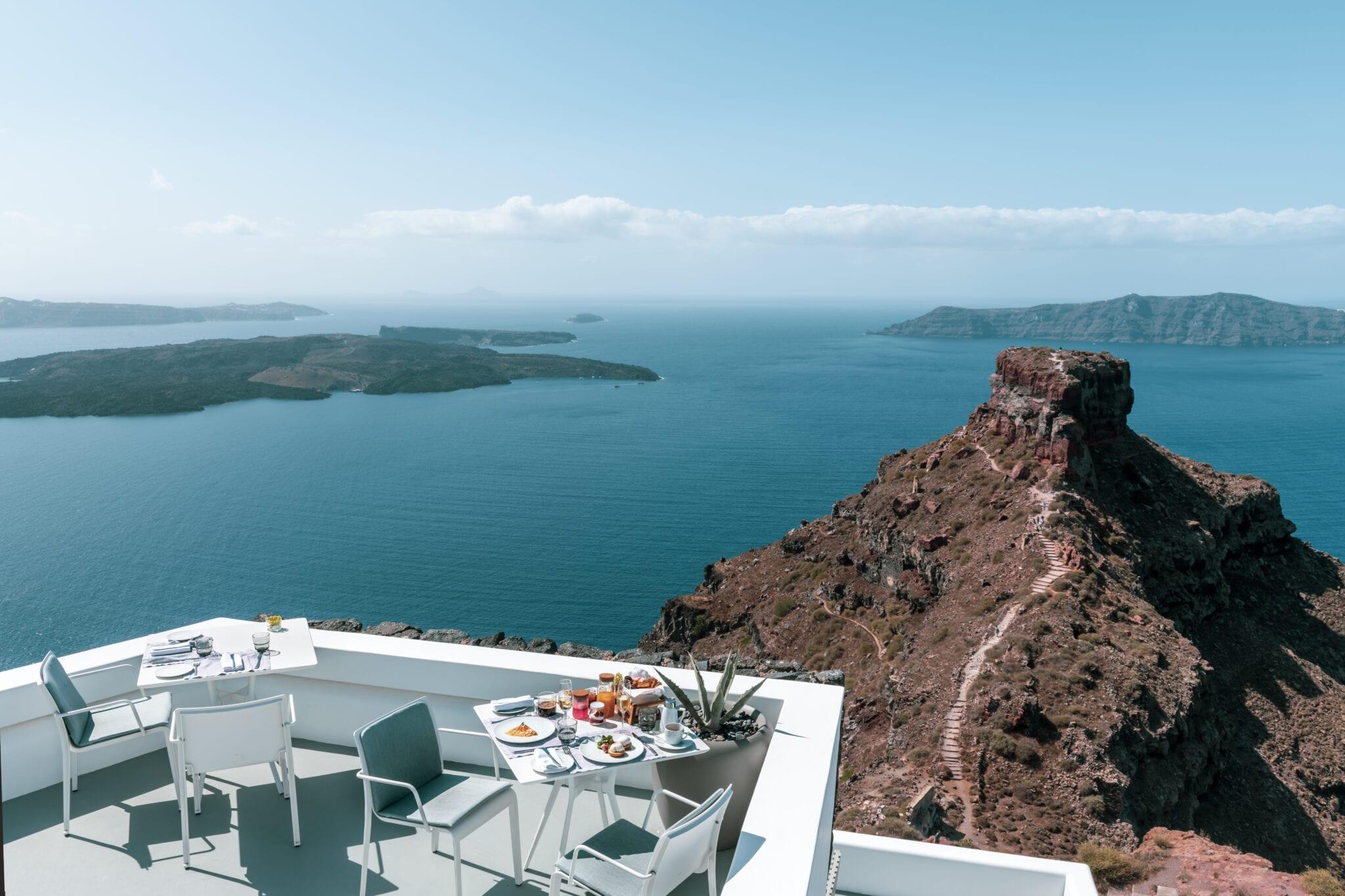 best_hotel_views_in_santorini_grace_hotel
