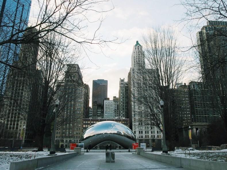 Chicago Bean Cloud Statue