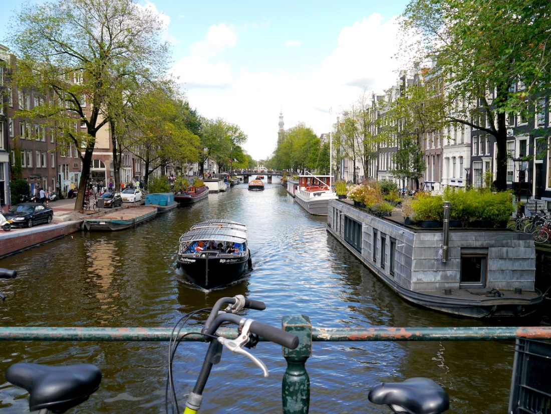Amsterdam, Canal