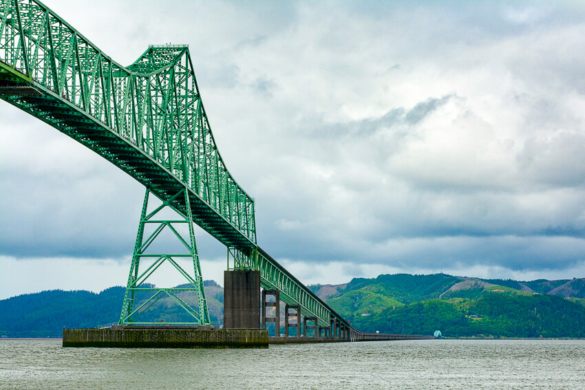what to do in the charming town of Astoria bridge