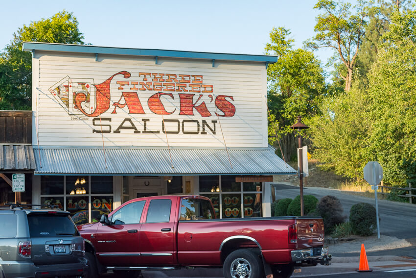 How to Spend a Weekend in Winthrop Jack's Saloon