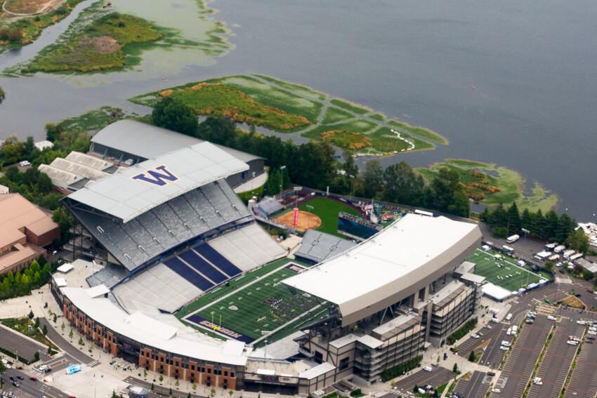 viewing seattle by seaplane huskies stadium