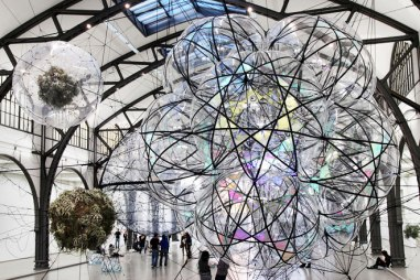 TOMÁS SARACENO CLOUD CITIES SEPTEMBER 15 – FEBRUARY 19, 2011 HAMBURGER BAHNHOF, BERLIN DOSSIER