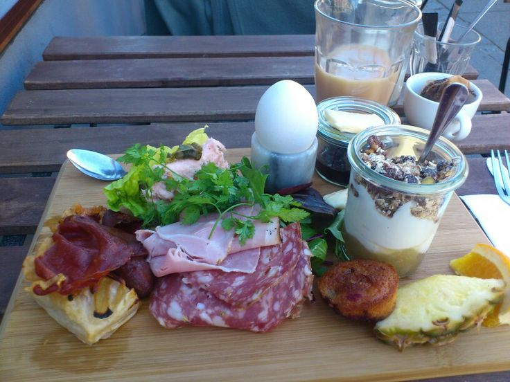 My inspiration comes from a brunch I had at a local café, Juliette, here in Aarhus. I don't want to be quite that flashy.