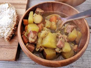 Medieval root vegetable soup