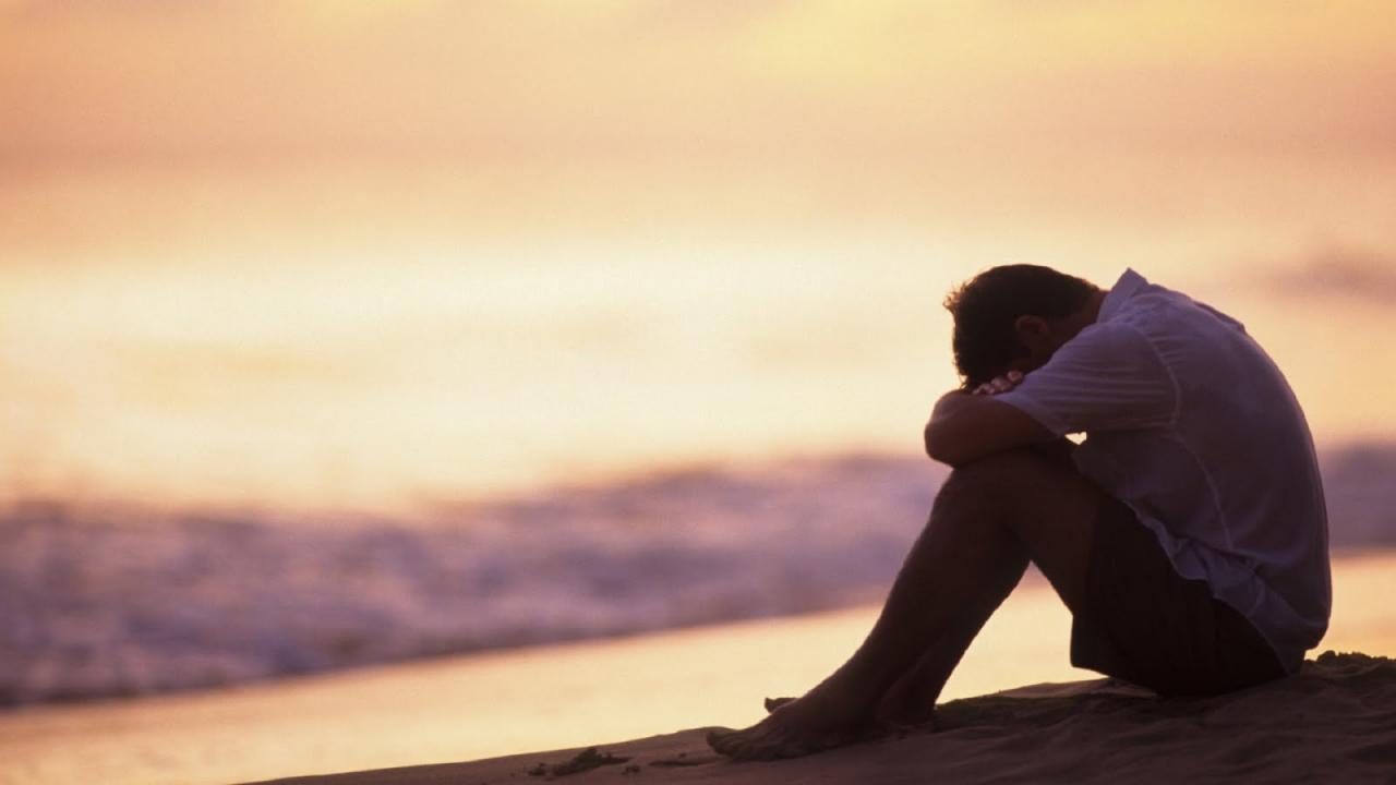 صور شاب حزين صور شباب مكتئب مساء الخير
