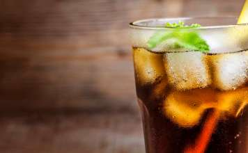 Struggling to cut down soda? Try these best healthy ways to replace soda drinks. Healthy soda alternative drinks. Cut down soda healthily.