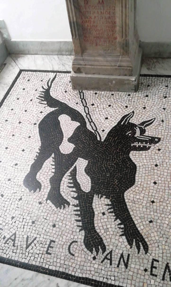 Il mosaico pompeiano del cane alla catena