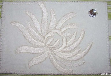 Maureen Curlewis, Chrysanthemum on cotton twill