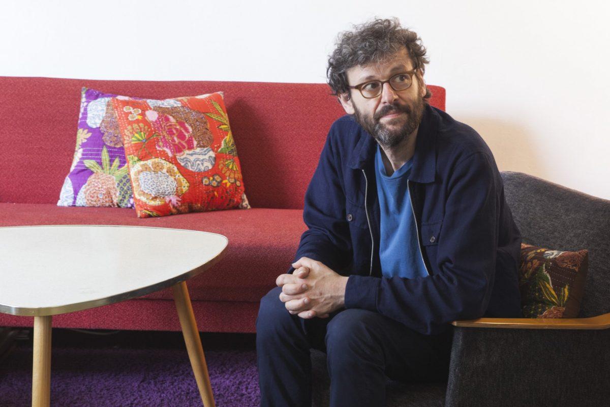 """Ein Leben für die Musik. Notwist-Sänger Markus """"Rayon"""" Acher im Interview"""
