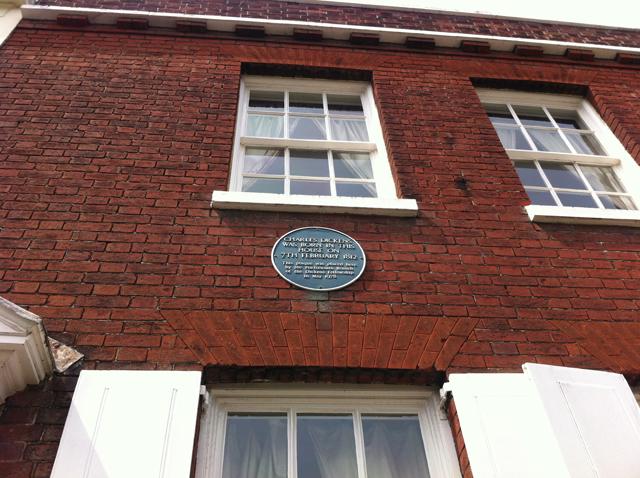 Dickens-plaque-2