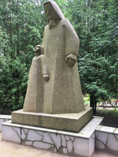 kobrin-kuldiga-memorial