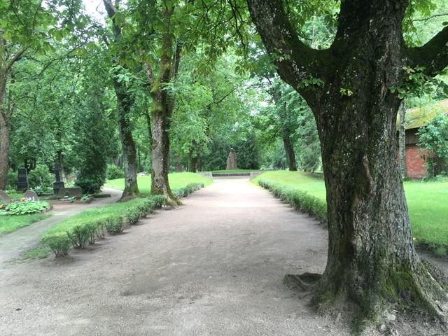 kobrin-cemetery-memorial3