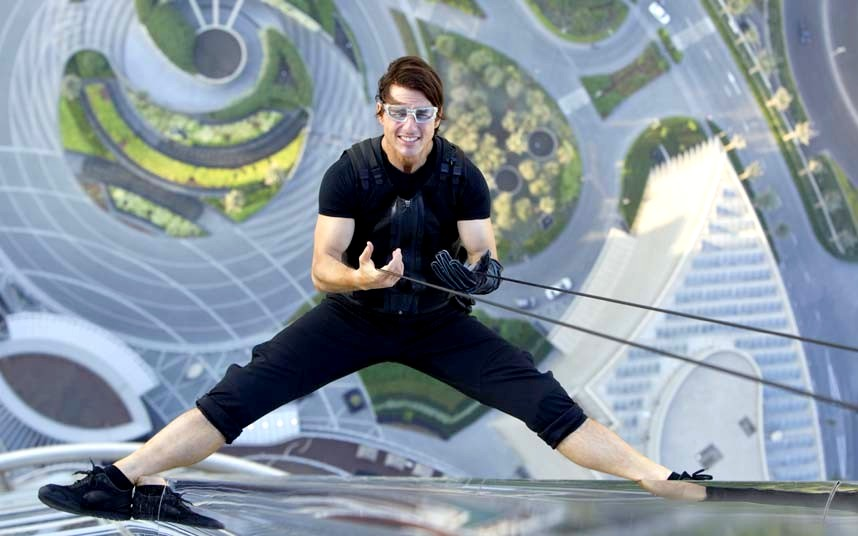 Tom Cruise real stunts in Mission Impossible