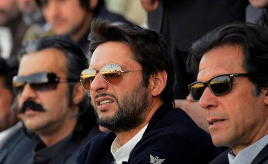Imran Khan with Shahid Afridi
