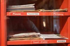 Le letterine all'ufficio postale di Babbo Natale