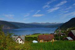 L'Innvikfjorden, braccio del Nordfjord